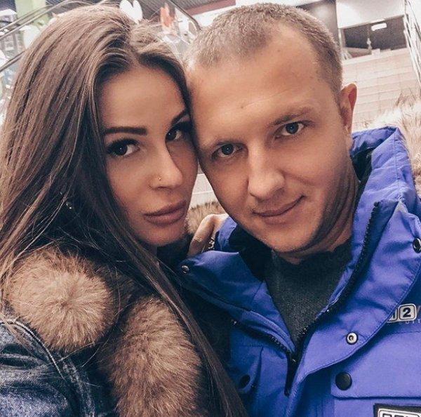 Илья Яббаров не понимает что происходит с Анастасией Голд