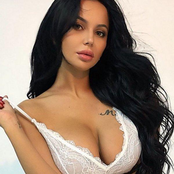 Анна Левченко объявила себя парой с Валерием Блюменкранцем