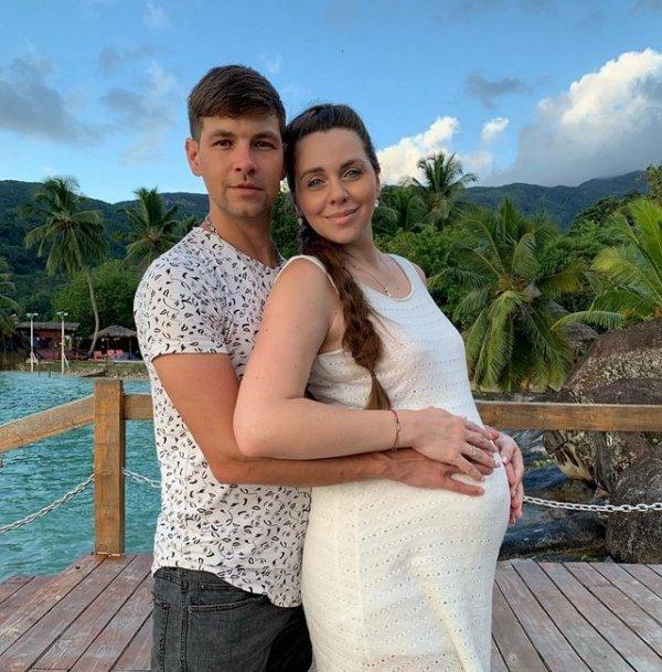 Дмитрий Дмитренко в ожидании рождения второй дочери