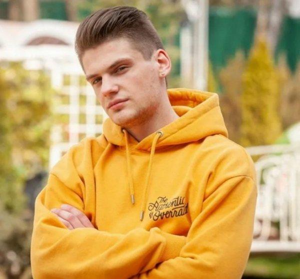 Максим Моргенштерн после расставаний уходит в отрыв