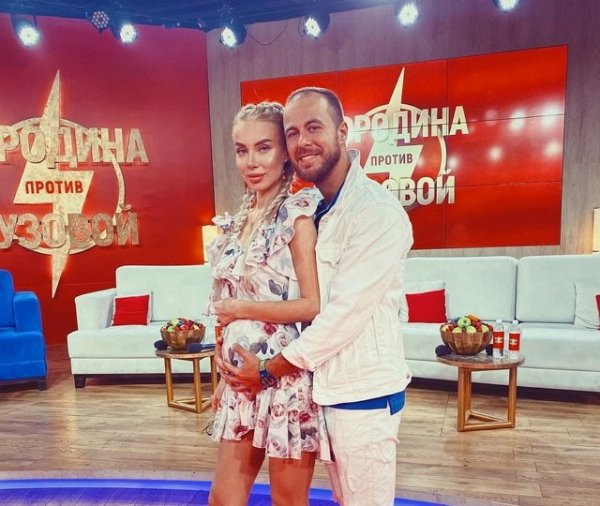 Никита Уманский поздравил Анастасию Паршину с полугодом отношений